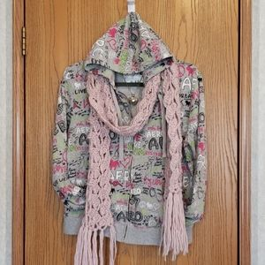 Aero Girls/Youth Jacket with hood -  Size XL Y